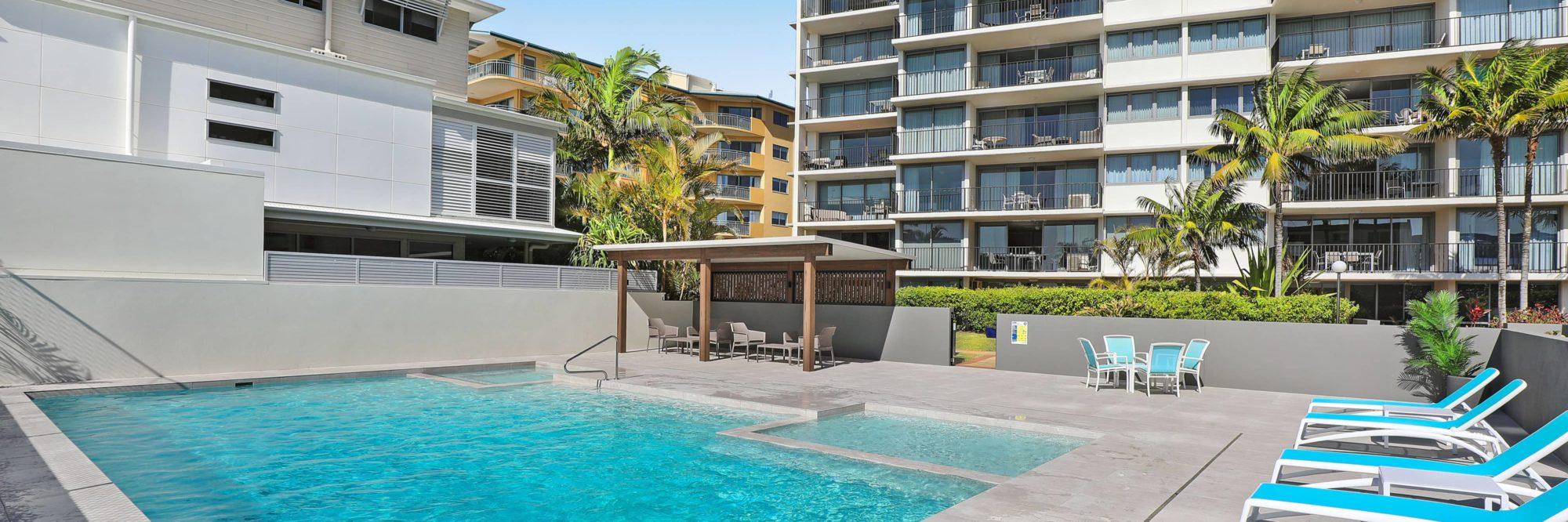 maroochydore beachside resort majorca isle. Black Bedroom Furniture Sets. Home Design Ideas